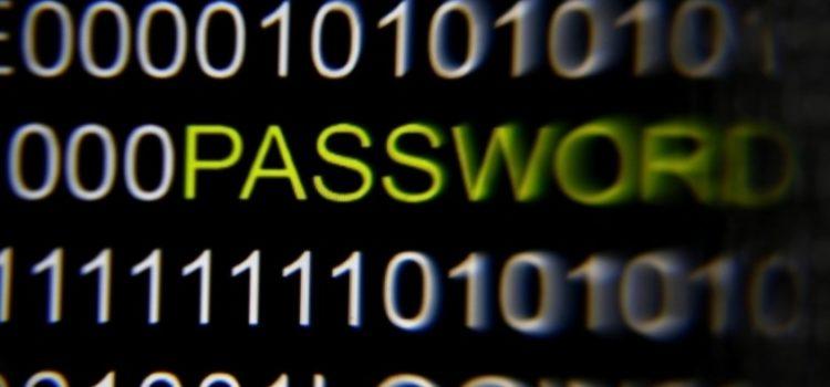 Como evitar que os Hackers invadam seus dados pessoais ?